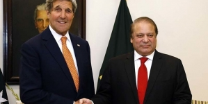 Kerry Refuses to Withhold Aid for Pakistan
