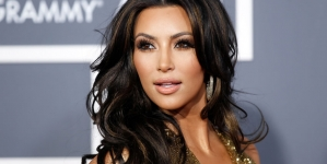 Kim Kardashian India Trip cancelled 'Over Visa Issues'