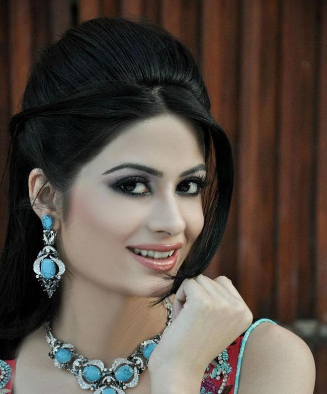 Madiha Iftikhar Pictures