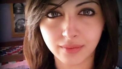 Actress Moomal Khalid Car Accident