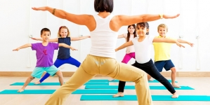 More US Kids Doing Yoga, Taking Sleep Supplements