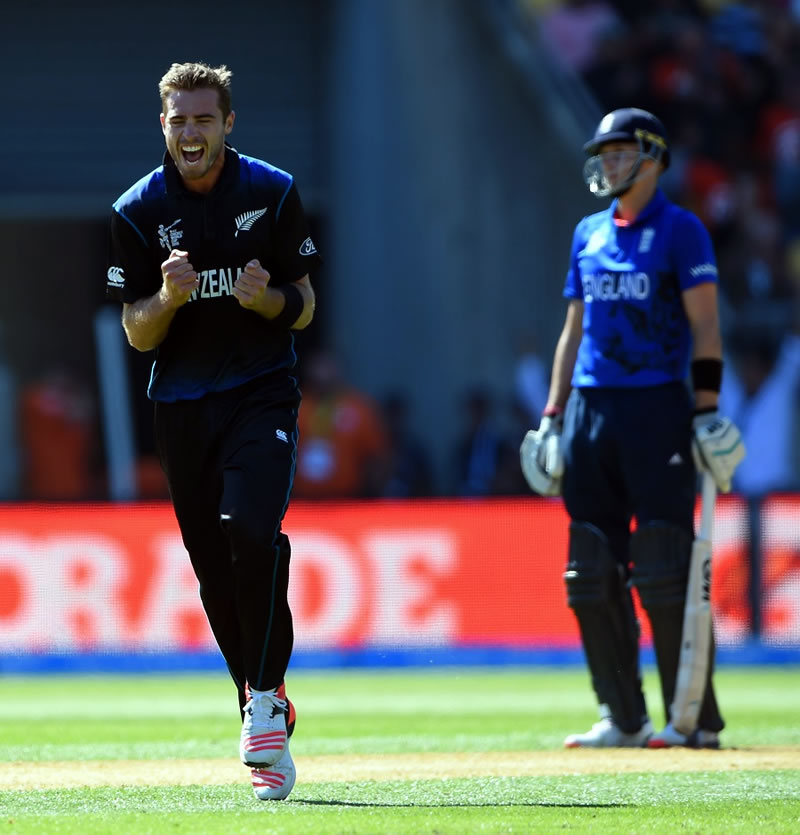 Tim Southee destroys England