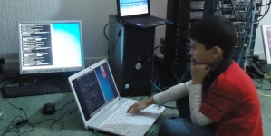 Pakistan Born Becomes World's Youngest IT Expert