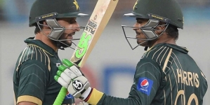 Watch Video: Pakistan Beat New Zealand by three Wickets in First ODI
