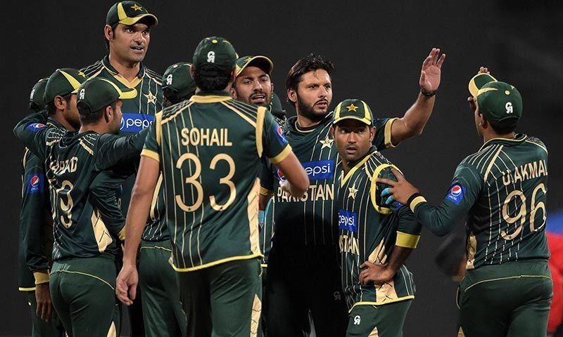 Pakistan crush New Zealand