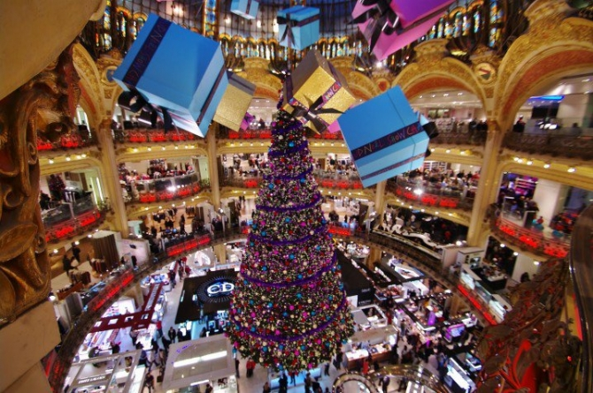 Wonderful Christmas Decorations From All Around The World