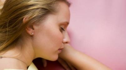 Poor Sleep Tied to Heat Fatigue, But Naps May Help