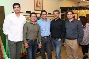 Shoaeb-Shams-with-Guest-at-Launch-of-Fashion-Central-Multi-Brand-Store-DHA-Lahore