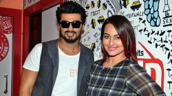 Sonakshi Sinha, Arjun Kapoor Grab Top Golden Kela Awards