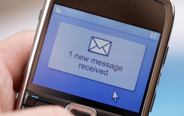 Subscribers in Pakistan Share 301.7 Bln SMS in 2014