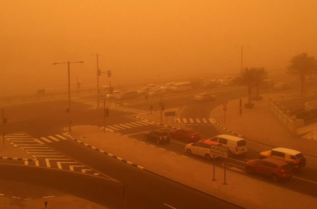 UAE sandstorm disrupts