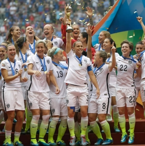 US Beats Japan 5-2 to Win Women's World Cup