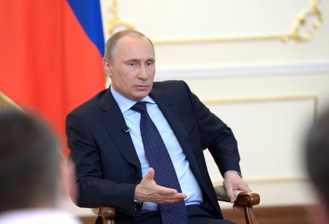 Vladimir Putin says Russia to Boost Nuclear Arsenal
