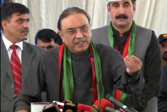 Zardari Cautions Military Establishment for 'Stepping Out of Domain'
