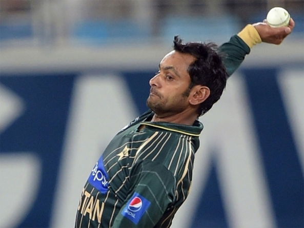 Mohammad Hafeez in India to Correct Bowling Action